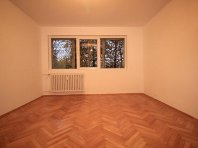 Drumul Taberei apartament p/9 spatios ,luminos,renovat