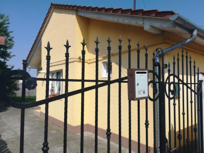 De vanzare casa 2 camere zona Unio - Satu Mare