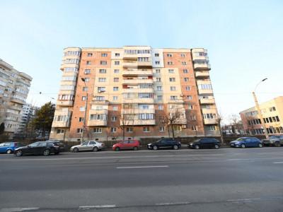 Vânzare apartament 3 camere decomandat, Plopilor