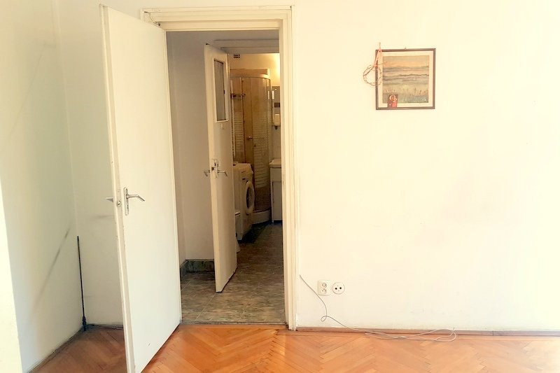 Ap 2 camere etajul 1, langa metrou Iancului!