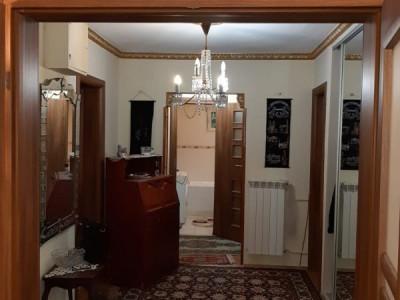 Magheru, 3 camere 1981, decomandat, toate facilitatile