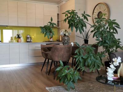 Iancu Nicolae - Residence 5, apartament cochet, mobilat, utilat, terasă, parcare