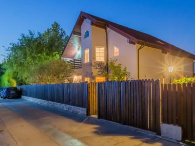 """""""American Villa"""" in Complexul Privat Troitei - Oras Chitila"""