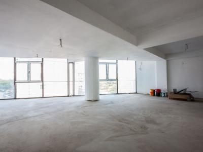 Apartament duplex de 5 camere in Berceni cu terase, garaj subteran si boxa