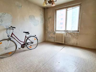 Bucuresti, str. Lujerului 10. Se vinde pestera cu bicicleta