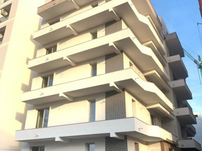Apartament 3 camere de vanzare zona Kazeboo vdere spre mare