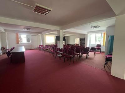 Cod P4718 - Casa/Vila/Spatiu Comercial 10 camere ideal pentru scoala, clinica